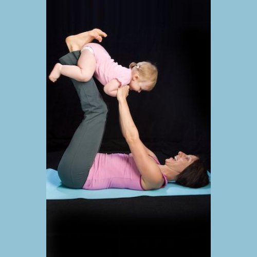 Dr Della Parker_5 Yoga Poses For Mommies & Babies