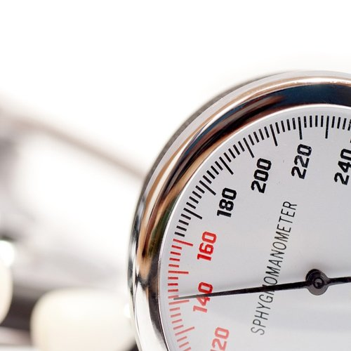 Dr Della Parker_3 Blood Pressure Red Flags Women Should Watch Out For-1