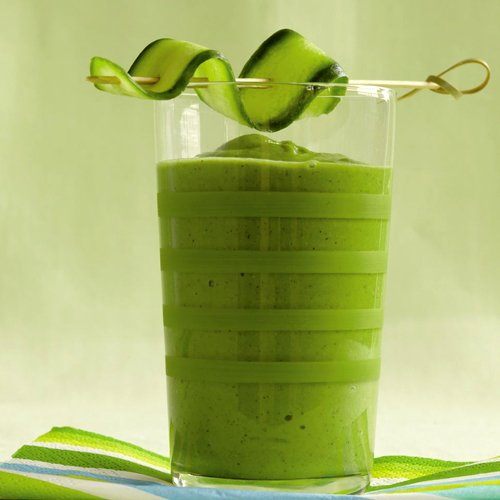 Dr Della Parker_Summer Smoothies For The Whole Family