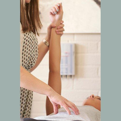 dr-della-parker_6-benefits-of-holistic-treatment