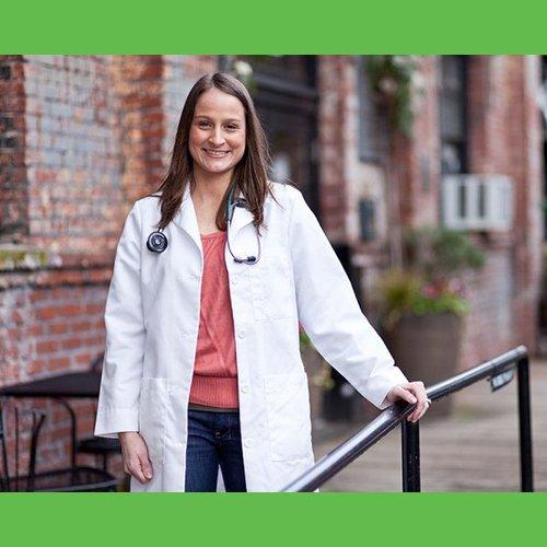 Dr Della Parker_naturopathic_doctor_in_Clackamas
